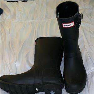 Never worn Matte Hunter Rainboots, Mid-Calf Height